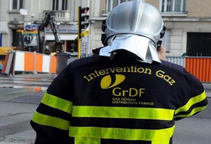 Les agents de GrDF ont procédé à l'écrasement de la conduite pour stopper la fuite - Illustration