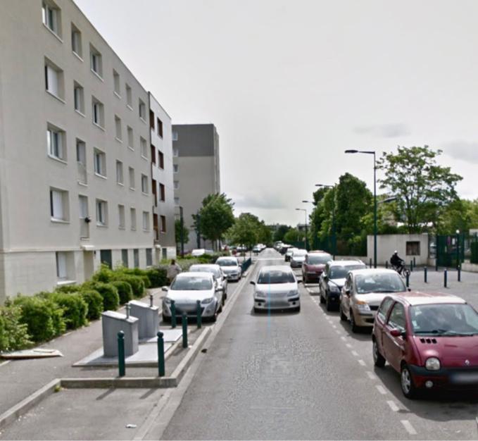 Les deux blessés ont été découverts au pied d'un immeuble de la rue Paul-Gauguin au Val-Fourré - illustration