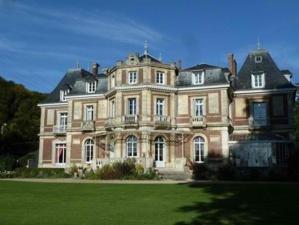 Le château de la Fontaine à Hénouville
