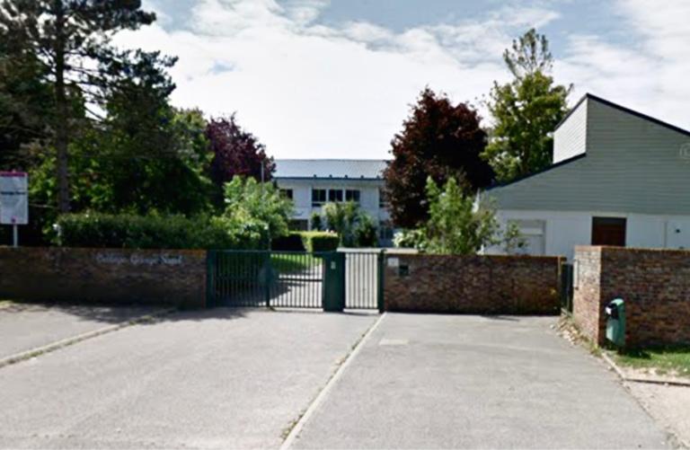 Yvelines : frappé par trois autres élèves devant le collège George-Sand à Magnanville