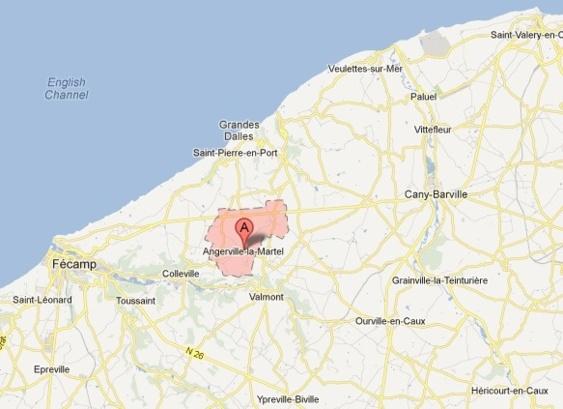 Angerville-la-Martel est un gros bourg de 900 habitants environ situé dans le canton de Valmont et le pays de Caux