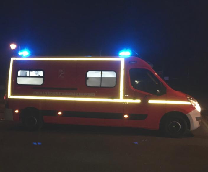 Le conducteur de la camionnette a été transporté, en urgence absolue, au CHU de Rouen par les sapeurs-pompiers - illustration @ infoNormandie