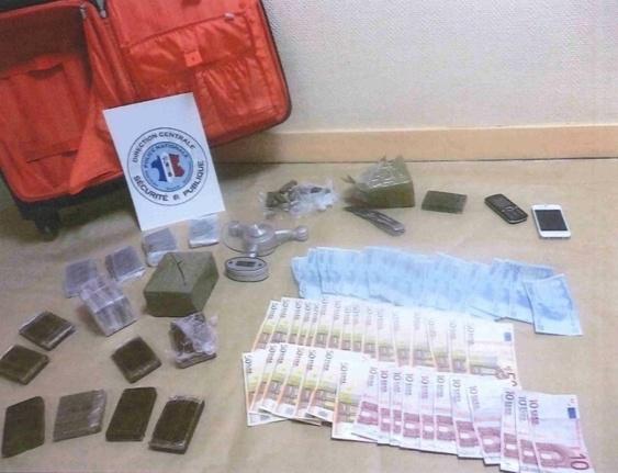 3 kg de cannabis et 1 600 euros en petites coupures ont été saisis