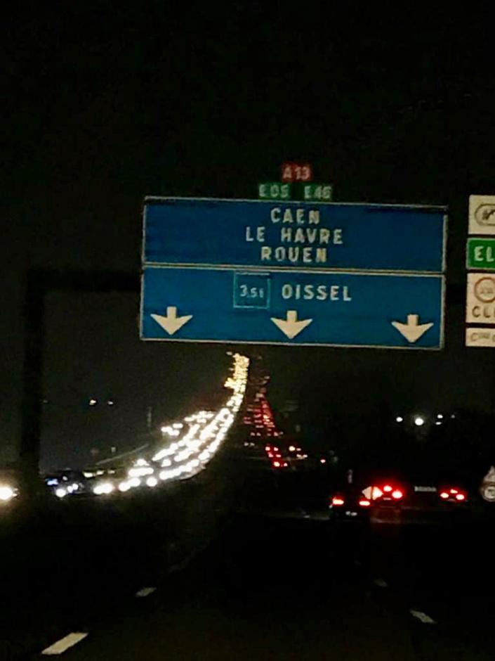 L'A13 ce soir vers 18 heures dans la banlieue de Rouen - photo @ N.C. / infoNormandie