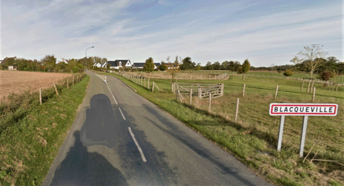 Le drame est survenu sur cette route de campagne, près de Barentin - illustration @ Google maps