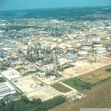 La plateforme industrielle d'Exxon à Notre-Dame-de-Gravenchon, près du Havre