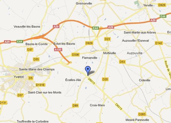 Le motard circulait sur une route prioritaire, la D6015, en direction de Barentin. La Toyota qui débouchait de la D89, ne l'aurait pas vu arriver
