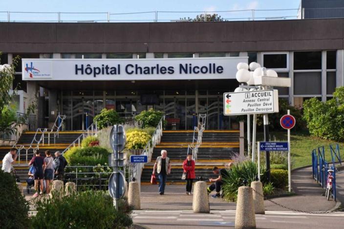 Deux hôpitaux normands, le CHU de Rouen et le centre hospitalier de Cherbourg, ont activé leur plan blanc pour faire face à la recrudescence des hospitalisations - Photo © infoNormandie