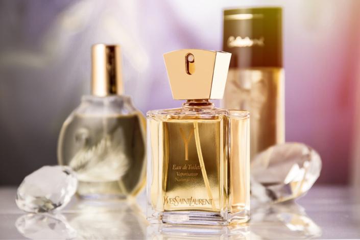 L'employé sortait chaque jour quelques flacons de parfums dans son sac à dos depuis son embauche, fin novembre - illustration @ Pixabay