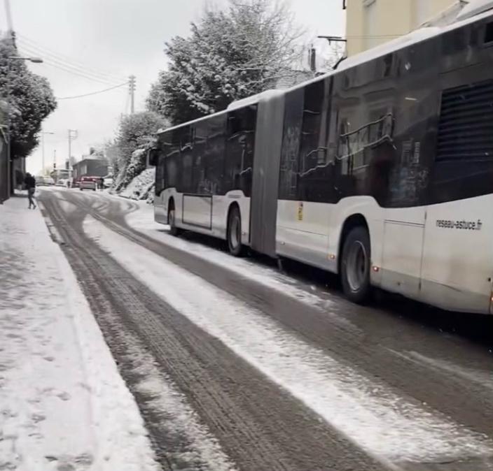 La circulation des bus et Téor du réseau Astuce est très perturbée  - Photo d'un lecteur