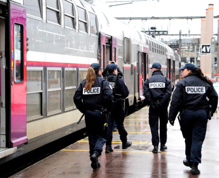 Yvelines : il blesse le voyageur qui lui demande de parler moins fort au téléphone