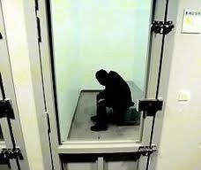 Le jeune homme s'est retrouvé deux fois en garde à vue et une fois en cellule de dégrisement en quelques heures (Photo d'illustration)