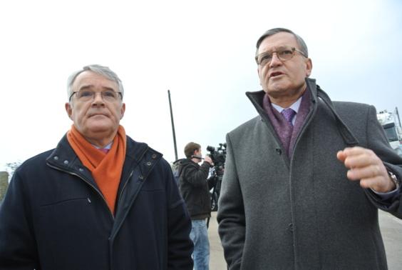 Le procureur de la République Jean-François Bohnert (à gauche) et le préfet Pierre-Henry Maccioni sont déterminés à faire baisser le nombre de morts sur les routes (photo Infonormandie.com)