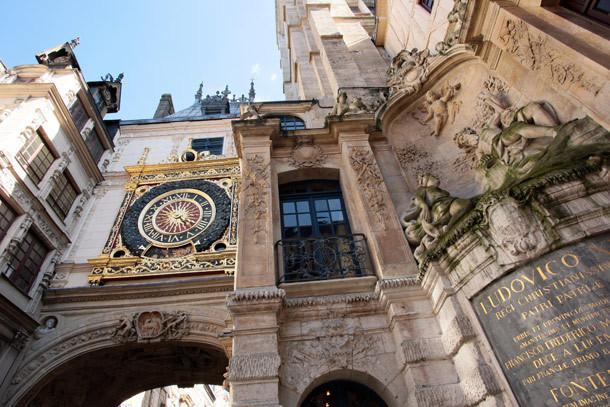 Le gros horloge à Rouen, un monument incontournable pour les touristes (Photo Normandie Tourisme)