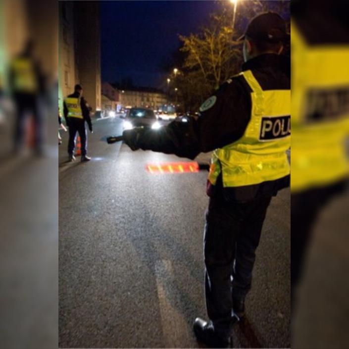 Le conducteur de la Mercedes a refusé d'obtempérer aux injonctions des policiers - Illustration