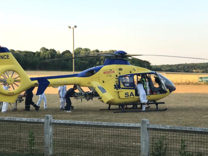 Le blessé a été transporté, en urgence absolue, par Viking 76 vers le centre hospitalier universitaire de Rouen - illustration @ infoNormandie