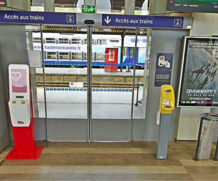 Un voleur de sac à main dans un train arrêté par trois policiers en civil en gare d'Évreux