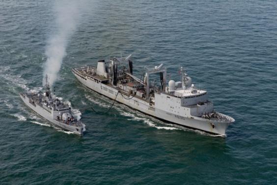 Plusieurs bâtiments de guerre s'entraînent dans la baie de Seine (Photos de Laurent Lecanu/Marine nationale)