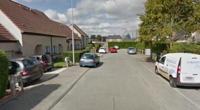 C'est dans une maison de ce lotissement, impasse de la Ferme, que le drame s'est produit vers 13 h 30 (Photo Google Maps)