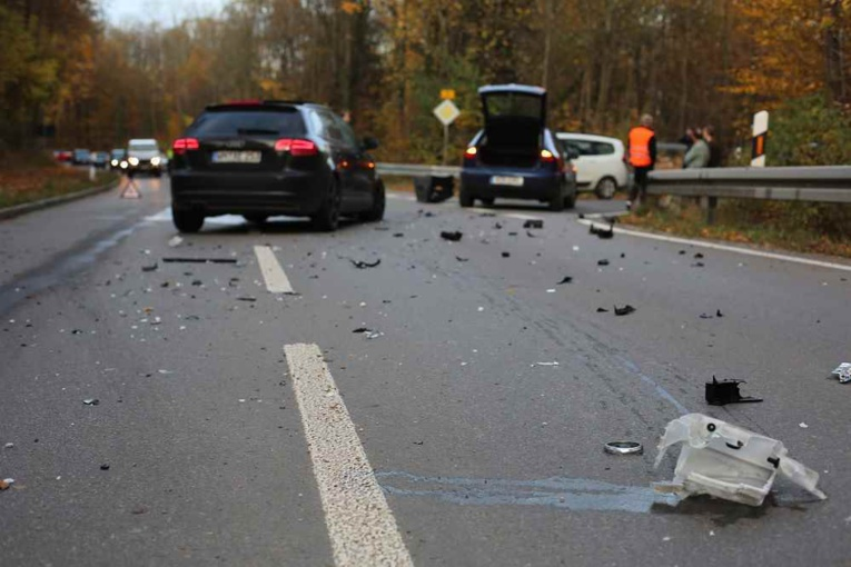 le nombre d'accidents corporels enregistrés par les forces de l'ordre s'établit à 3 158, contre 4 046 en février 2020, soit 22 % d'accidents corporels de moins. - Illustration © Adobe Stock