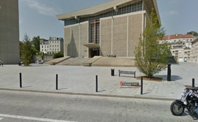 La transaction avait lieu sur le parvis de l'église Saint-Michel, placé sous vidéosurveillance (Photod'illustration Google Maps)