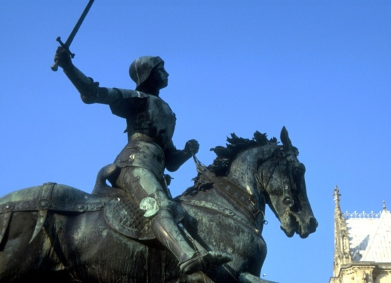 Rouen célèbre pour la 86ème fois la Pucelle d'Orléans, brûlée par les anglais en 1431