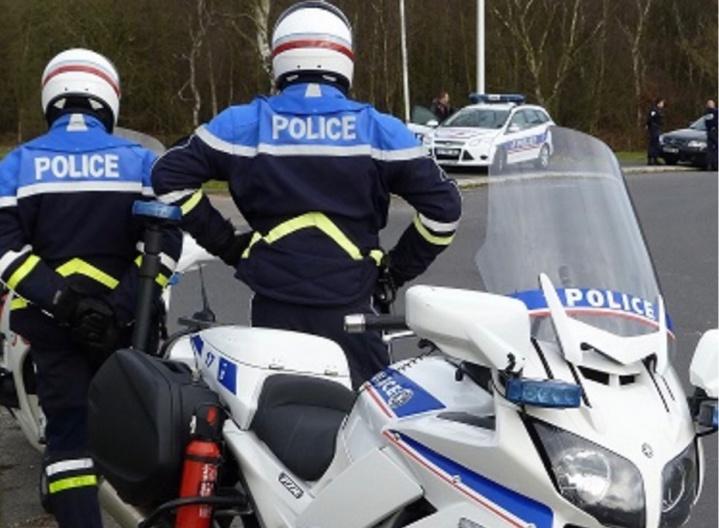 Le premier essai du tout nouveau radar des motards de la police rouennaise a été concluant : un automobiliste a été contrôlé à 107 km/h en zone urbaine  - Illustration © DDSP76