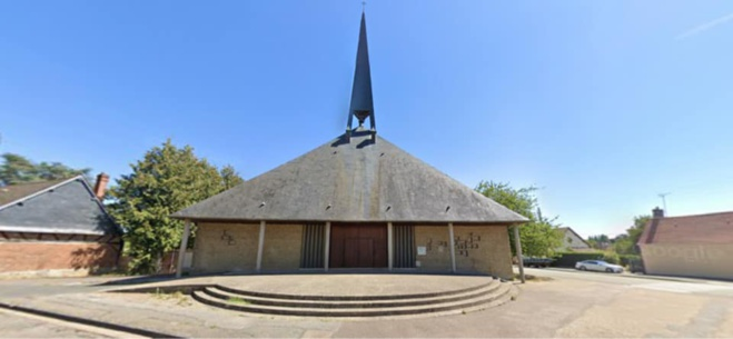 L'église Sainte-Thérèse de l'Enfant Jésus à Nétreville