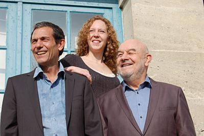 Mélanie Delahaye, Alain Daniel et Gérard Duvallet (à droite sur la photo) du groupe MeloMuz.