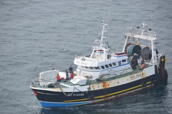 """Le chalutier """"Saint Josse IV""""se trouvait à 16 nautiques (environ 29 km) dans le sud-ouest de Boulogne-sur-Mer (Photo Premar Manche)"""