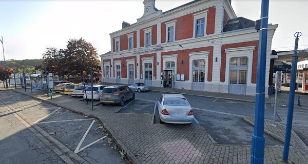 Les faits se sont déroulés près de la gare de Bernay, vendredi en milieu d'après-midi - Illustration © Google Maps