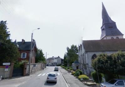 L'accident s'est produit rue de Verdun, à proximité de l'église de Duclair