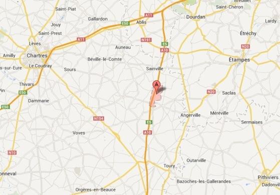 L'accident s'est produit peu après la sortie d'Allainville, sur le territoire de la commune de Châtenay en direction d'Orléans (Google Maps)