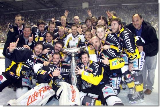 Le RCE champion de France en 2010 : une victoire parmi tant d'autres pour le club rouennais  (Photo: Ville de Rouen/Flickr)