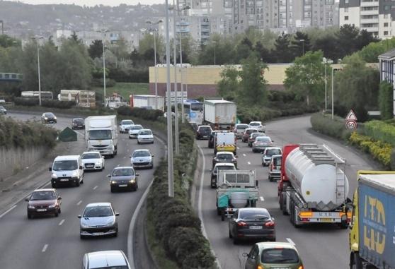 Le trafic sera soutenu sur les grands axes et à l'approche des grandes agglomérations (photo illustration/infonormandie)