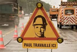 Une soixantaine d'accidents sont constatés chaque année en France aux abords de chantiers routiers, selon les chiffres officiels