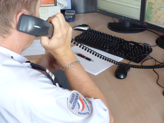 Le standard de police secours (le 17) a été submergé par les appels de ce maniaque
