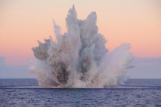 La munition contenant 850 kg de TNT a été détruite en baie de Seine, ce vendredi 30 août (Photo PREMAR)