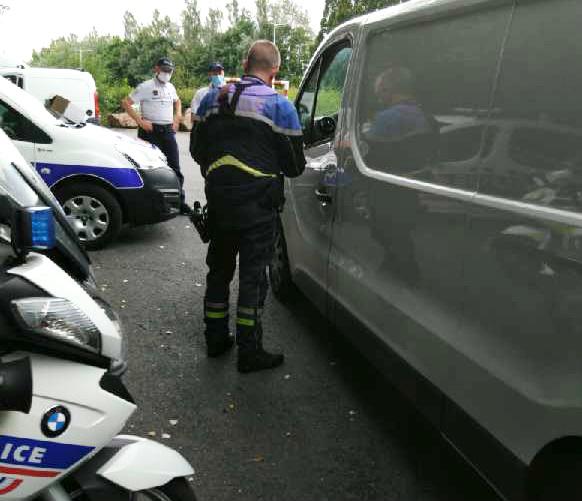 Le conducteur d'un fourgon a été interpellé pour refus d'obtempérer et conduite sous l'emprise de stupéfiants - Photo @ DDSP 76