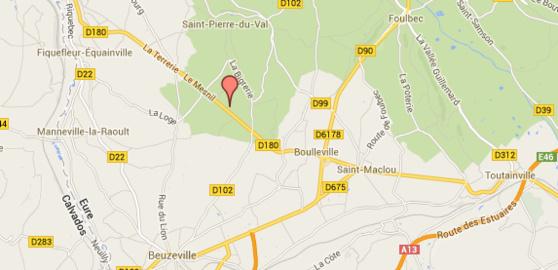 La collision s'est produite dans une ligne droite au niveau de Saint-Pierre-du-Val