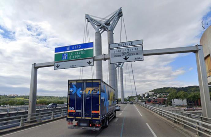 Carambolage sur le pont Flaubert  à Rouen entre cinq véhicules : cinq victimes hospitalisées