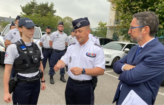 Olivier Beauchamp, patron de la police de l'Eure, a indiqué que ses services seront bientôt dotés de 38 caméras piétons - Photos © infoNormandie