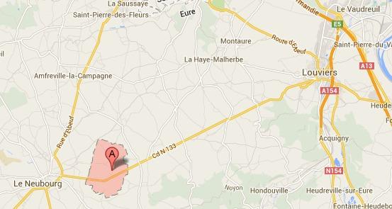 La collision s'est produite en pleine ligne droite à la sortie de Marbeuf en direction de Louviers