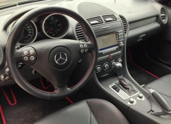 Les Mercedes étaient bien lustrées, allégées de 100.000 km au compteur et revendues au prix de l'argus (Photo d'illustration)