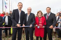 Le député-maire du Havre Edouard Philippe (à gauche) et Pascal Bourdin, à l'heure de couper le ruban inaugural ce samedi 26 octobre à 11 heures