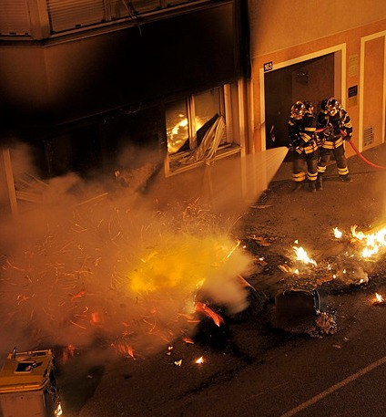 L'incendiaire allumait les feux toujours dans des immeubles appartenant à  Sodineuf et dans le même quartier (Photo d'illustration : Flickr/Michel Valéro)