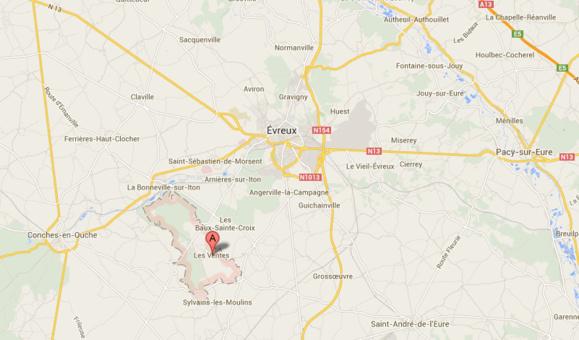La collision s'est produite sur le CD55 sur le territoire de la commune des Ventes, au sud ouest d'Evreux (@Google Maps)