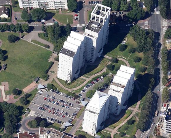 L'adolescent est tombé du 15e étage de la tour Pic de Ger (2ème immeuble au premier plan à droite) @Google Maps