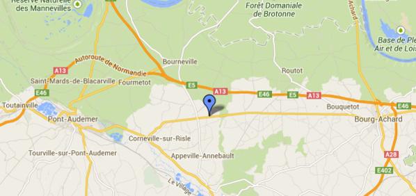 La collision s'est poroduite dans une ligne droite au niveau de la commune de Cauverville-en-Roumois (@Google Maps)