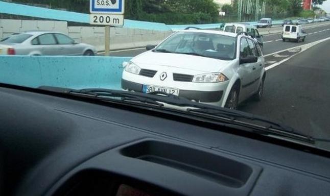 Ce véhicule circulait à contre-sens sur la bretelle d'entrée de l'autoroute (Photo d'illustration)